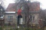 Житель Вильнюса вывесил на доме флаг СССР: я хотел его высушить