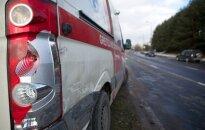 В Салининкай автомобиль насмерть сбил женщину