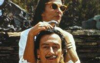 Знаменитые усы Сальвадора Дали и в могиле остались нетленными