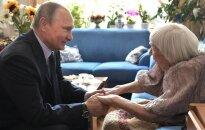 Путин впервые лично поздравил правозащитницу Алексееву с юбилеем