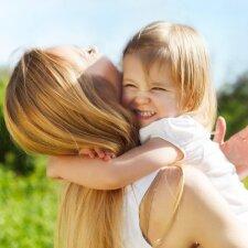 Psichologė: nedrauskite vaikui verkti, kai atsisveikindamas jis liūdi