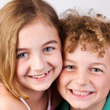 Jus nustebins atsakymas į klausimą, ar tėvai savo vaikus myli vienodai