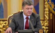 P. Porošenko pasisakė apie Ukrainoje nukritusį Malaizijos oro linijų lėktuvą