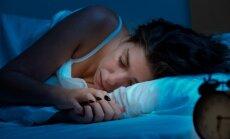 Specialistė pataria: kiek turime miegoti ir ką daryti, kai nepavyksta užmigti