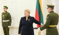 Dalia Grybauskaitė įteikia Valstybės apdovanojimus