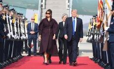 D. Trumpas su pirmąja ponia atvyko į Pietų Korėją