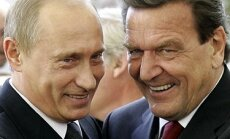 Vladimiras Putinas ir Gerhardas Schroederis