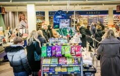 Šeima parodė liūdną realybę: 238 eurų krepšelis būtų išsigelbėjimas
