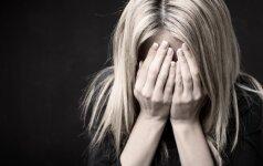 Smurtautojo dukra: negalvojau nei apie pasekmes, nei ką veikiu su šaltuoju ginklu prieš akis tikram tėvui