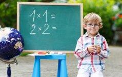 Rugsėjo pirmąją daugiau tėvų galės palydėti vaikus į mokyklą