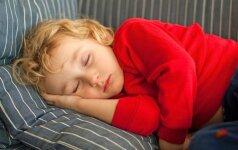 Į kurią pusę dėti galvą miegant ir kokių klaidų nedaryti įrengiant kambarį
