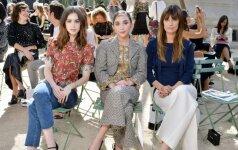"""Lily Collins, Rowan Blanchard and Caroline de Maigret """"Chanel"""" aukštosios mados kolekcijos pristatyme"""