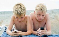 Ko griebtis, jei vaikas nuo ryto iki vakaro prasmegęs telefone