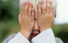 Kaip atpažinti patyčias vaikų darželyje: patarimai tėvams