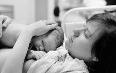 Kaip santykius su mama keičia nėštumas ir gimdymas (psichologės komentaras)