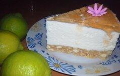 Gaivus pyragas su varške, kurio nereikia kepti