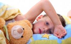 Sveikatos psichologė: ką daryti, kai vaikas atsisako gerti vaistus