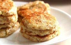 Idėja pusryčiams ir vakarienei: blynai su grikiais, varške ir obuoliais