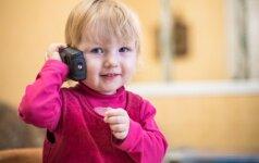 Ką apie vaiką pasako itin didelis jo plepumas: psichologės komentaras