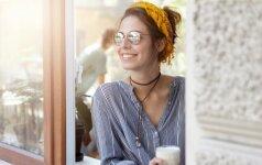 Kaip padėti sau išlipti iš lovos ir pagerinti nuotaiką