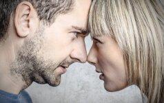 Tavo elgesys, kuris verčia jį kaisti iš pavydo