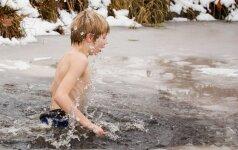 Prie Vilniaus esančioje mokykloje vaikai maudosi eketėje (FOTO)