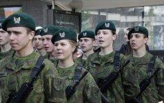Литовская молодежь охотнее идет служить в армию