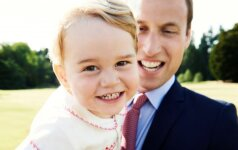 Mažojo princo gimtadienio proga paviešino jo naują nuotrauką
