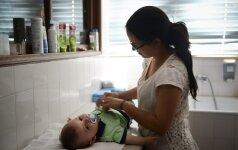 NEĮTIKĖTINA: už gimusį vaiką mokės 5000 eurų premiją