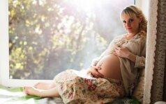 25 nėštumo savaitė: nėštumo hormonai ir švytintys plaukai