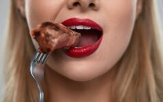 Po mokslininkų tyrimų: ar tikrai mėsos vartojimas didina ankstyvos mirties riziką?