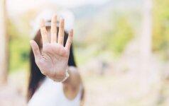 Psichologė: svarbiausia, kad seksualinę prievartą patyręs vaikas aiškiai išgirstų: tai ne tavo kaltė