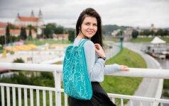 """Kokias paslaptis """"Instagram"""" žvaigždė Inga Žuolytė slepia savo kuprinėje?"""