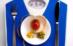 Ką valgyti vakarienei, kad nereikėtų graužtis dėl priaugtų kilogramų