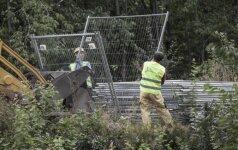Lenkijoje aktyvistai pradėjo kasinėjimo darbus, tikėdamiesi rasti paslėptą nacių traukinį su lobiu