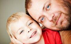 3 aukso vertės patarimai, kaip žaisti kartu su vaiku, bet ne vietoje jo