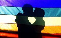 Diskriminuojamos seksualinės mažumos prieglobstį randa vienoje mokykloje
