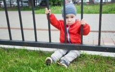 Išsiskirdamas su mama vaikas verkia: ką patars psichologė