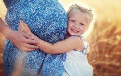 Su dula gimdžiusi kaunietė alternatyvos ieškojo nusivylusi pirmuoju gimdymu