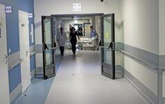В Каунасскую клинику привезли пострадавшего во дворе 6-летнего мальчика