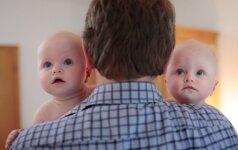 VIDEO: dvynių susilaukę tėvai iškrėtė neįtikėtiną pokštą