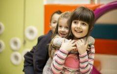 Skirtingo amžiaus vaikai vienoje darželio grupėje: pliusai ir minusai