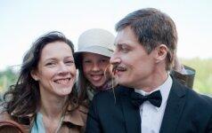 """Lietuviškas filmas """"Amžinai kartu"""" bus rodomas trijuose žemynuose"""
