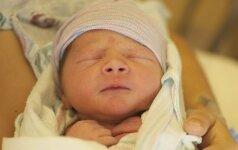 Žaibiškas gimdymas: į ligoninę nespėjo (FOTO)