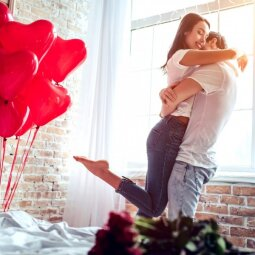 7 aiškūs ženklai, jog jis labai rimtai žiūri į jūsų santykius