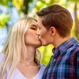 8 žingsnių programa, po kurios vaikinas galiausiai bus tik tavo