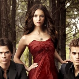 """7 serialai toms, kurios negali užmiršti """"Vampyrų dienorašių"""""""
