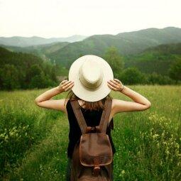 """Keliaujanti mergina: """"Kelionėse verta pasikliauti nuojauta"""""""