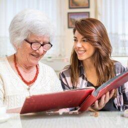 Artėjančių švenčių proga parodykime seneliams mūsų meilę ir dėkingumą!