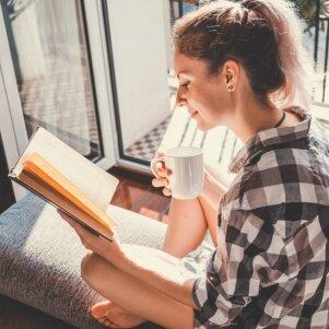 KONKURSAS BAIGTAS. Įstok į vasarišką PANELĖS knygų klubą ir laimėk vieną iš naujausių knygų!